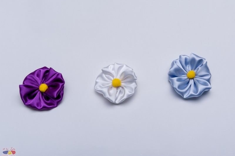 Flori de primavara satin